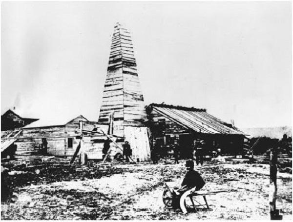 اولین چاه نفت دنیا در کدام شهر به بهره برداری رسید